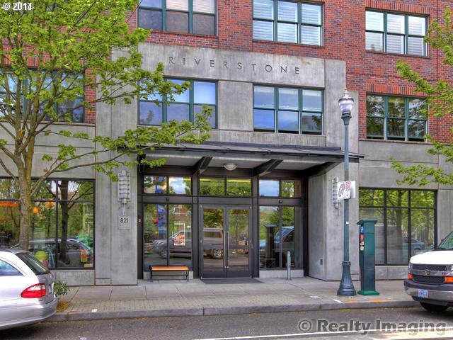 820 NW 12TH, Portland OR 97209