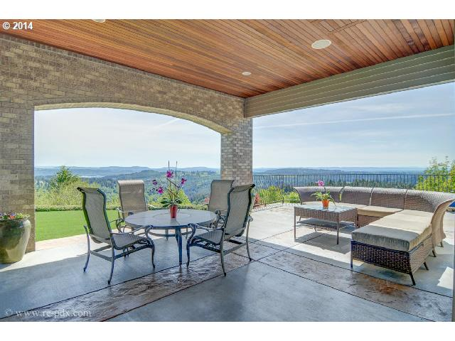 Sweeping views and luxurious Street of Dreams quality from atop Sunnyside Mountain.