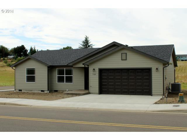 720 Se Tokay St Winston Or 97496 Us Roseburg Home For Sale Mary
