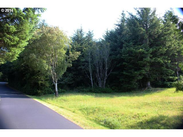 South Cove DR 22, Florence, OR 97439