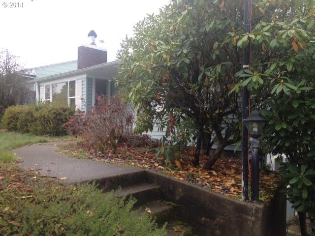 1507 S 17TH, Coos Bay, OR 97420