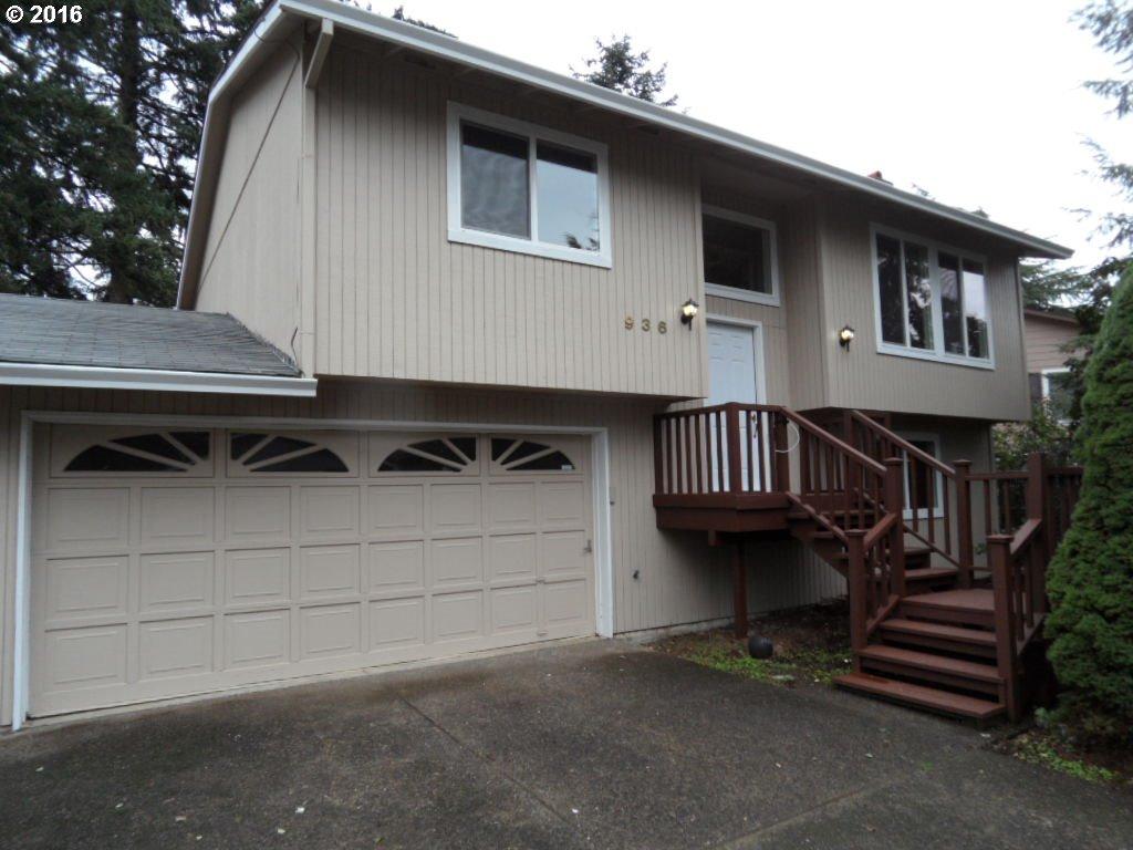 936 SE 174TH AVE, Portland OR 97233