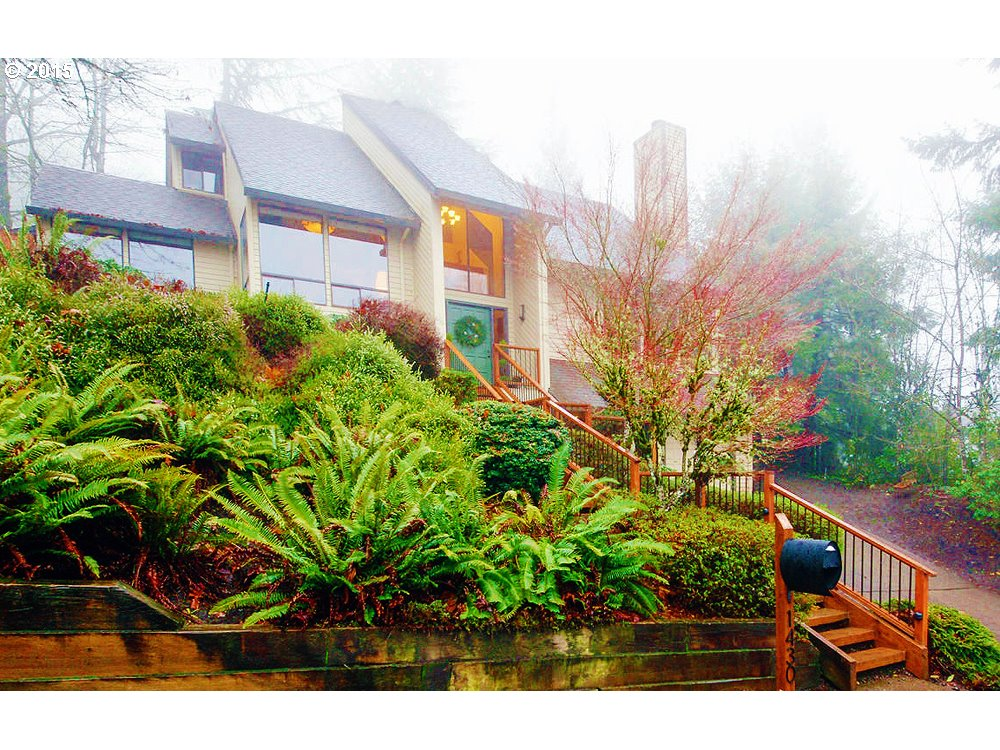 Wonderful views inside and out from this stunning NW Contemporary. Lg fenced lot w/ decks and yard; private setting nestled in trees. Dramatic rooms, vaulted ceilings, lg windows- bright, spacious ambiance. Coveted Palisades area, walk to Starbucks, market, park, Hallinan Elem. Master suite w/ granite, vaulted ceiling, his/her closets, view. Two balconies, bar, great room style. Beautifully maintained and remodeled. Perfect family home.