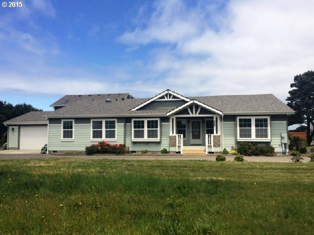 857 LINCOLN AVE SW, Bandon OR 97411