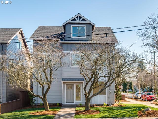 8260 N BURRAGE AVE, Portland OR 97217