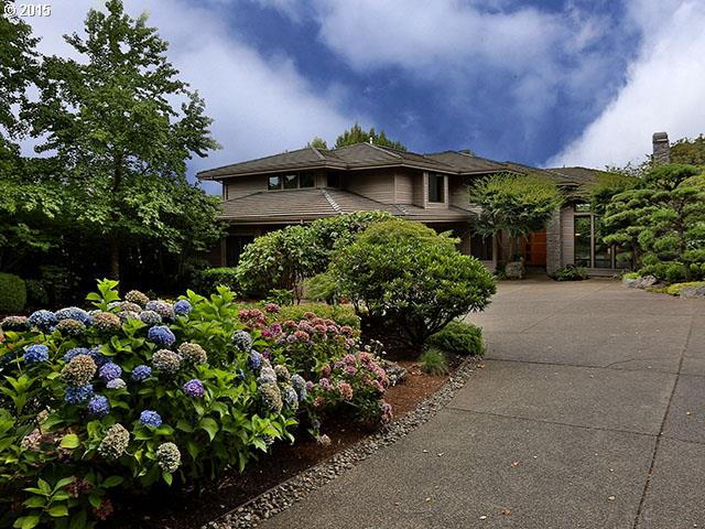 2961 BEACON HILL DR, West Linn OR 97068