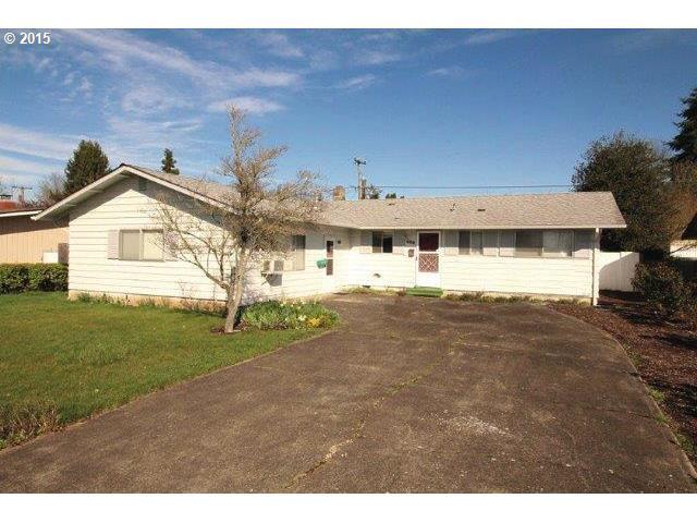 400 SW LAUREL ST, Junction City OR 97448