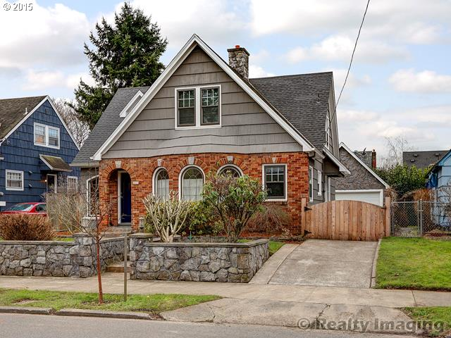 2833 NE 33RD, Portland OR 97212