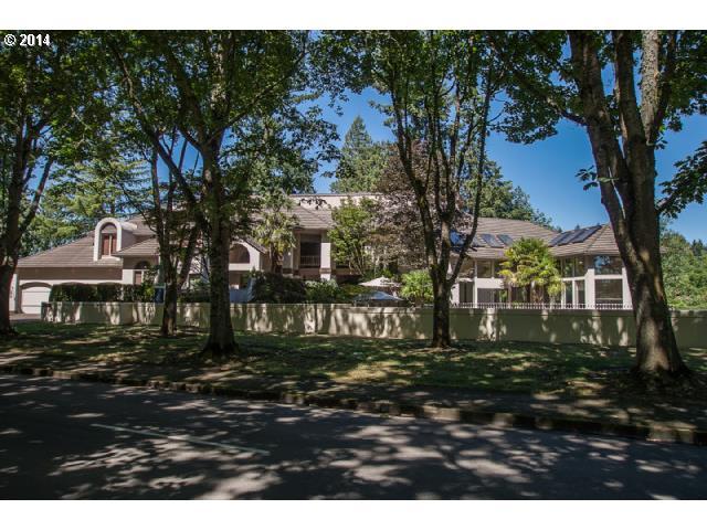 $999,990 - 4Br/4Ba -  for Sale in Charbonneau-willamette River, Wilsonville
