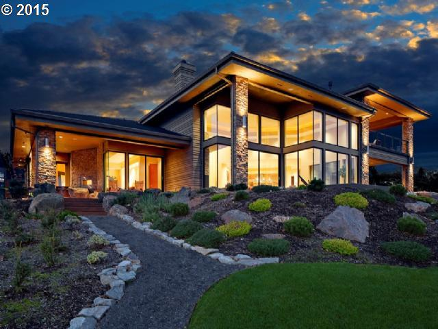 Luxury Columbia River Waterfront Home at 16009 SE Rivershore Drive Vancouver WA