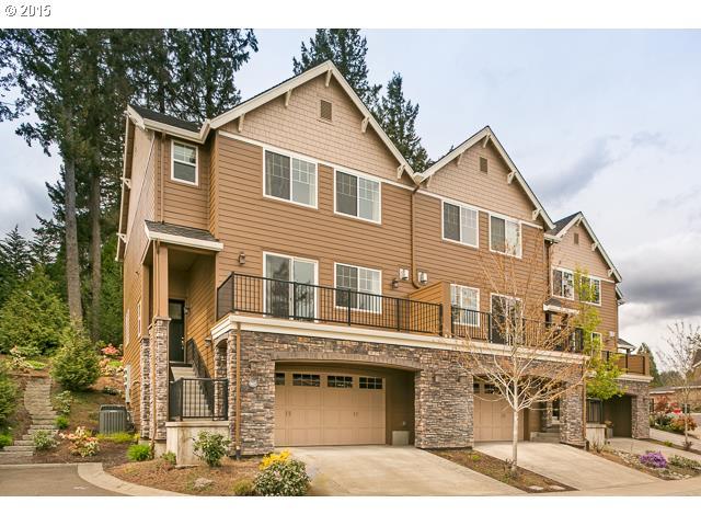 957 SW SHAKER PL, Portland OR 97225