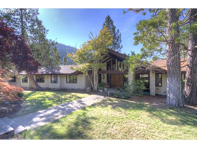 2874 sq. ft 3 bedrooms 3 bathrooms  House For Sale,Grants Pass, OR