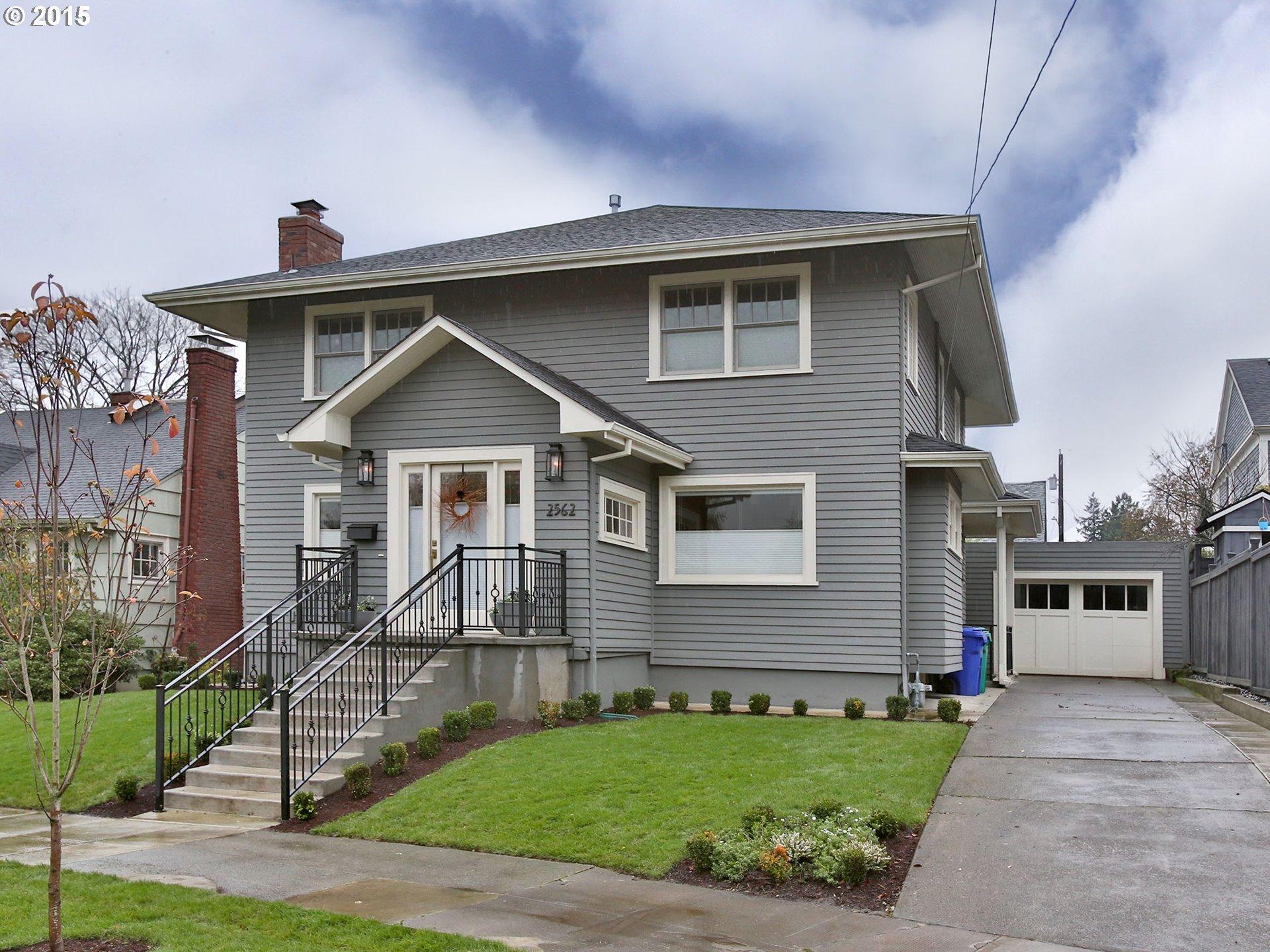 2562 NE 31ST AVE, Portland OR 97212