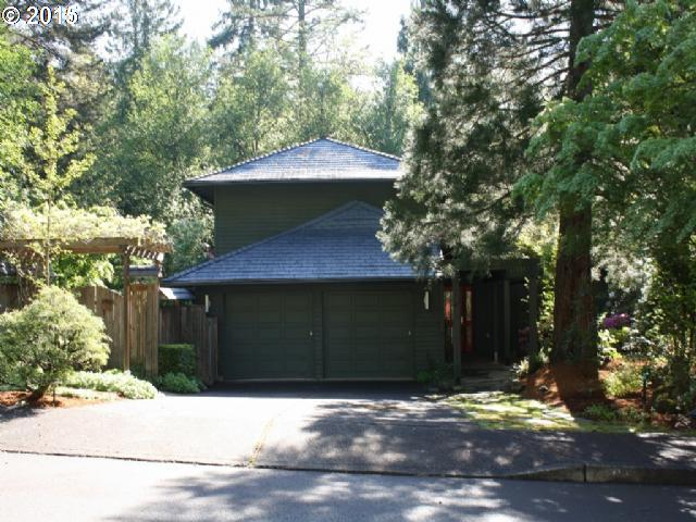 2910 SW 66TH AVE, Portland OR 97225