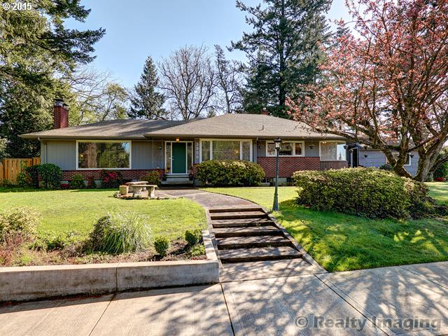 3950 SW LAURELWOOD AVE, Portland OR 97225