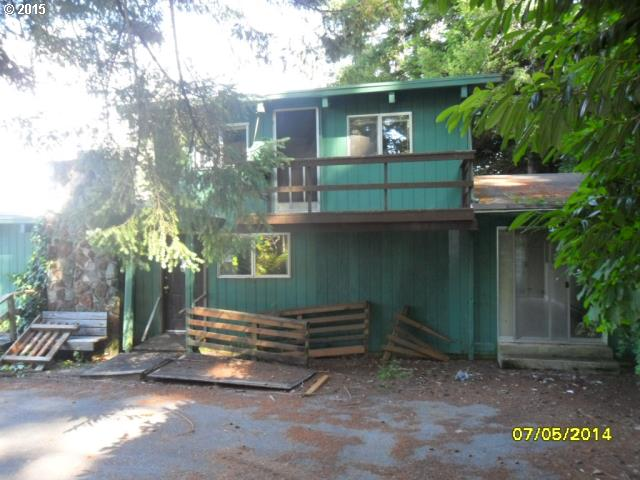 94533 GOLF COURSE LN, North Bend OR 97459
