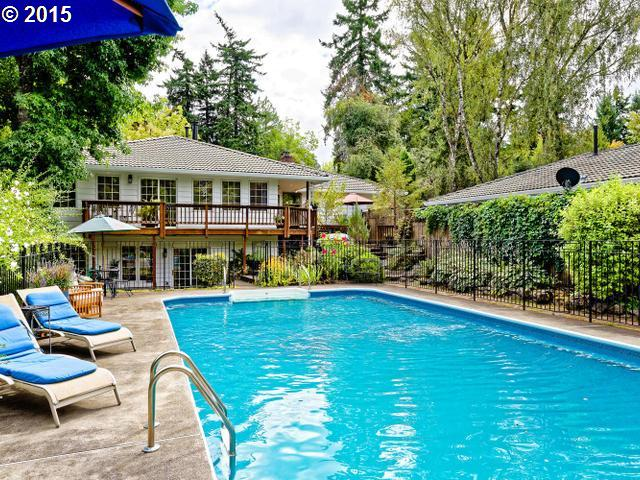 6935 SW 65TH AVE, Portland OR 97219