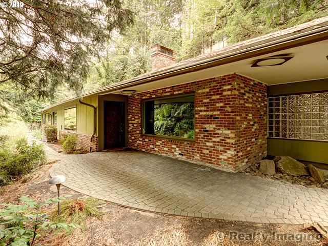 4922 SW BARNES RD, Portland OR 97221