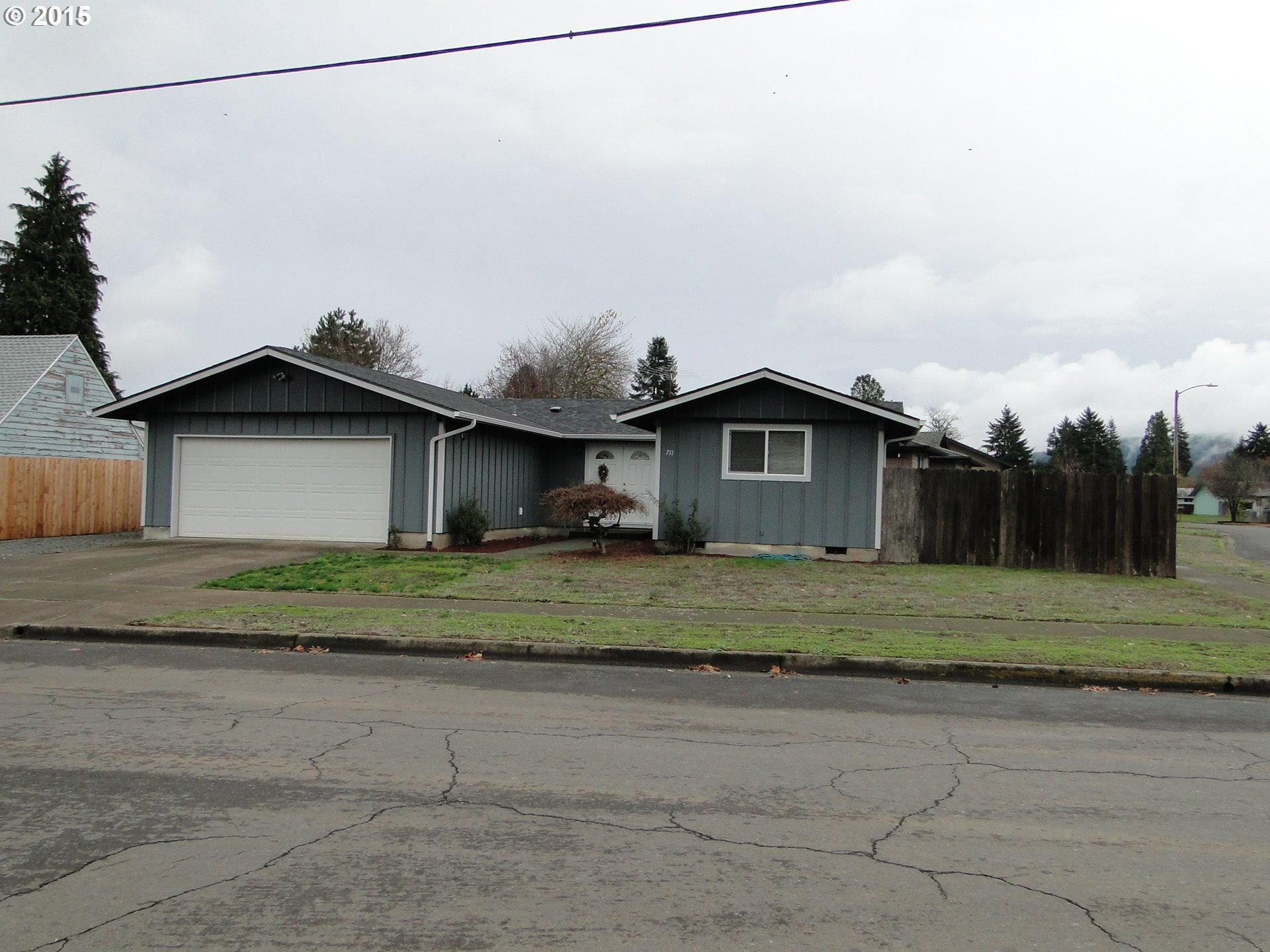 711 52ND ST, Springfield OR 97478