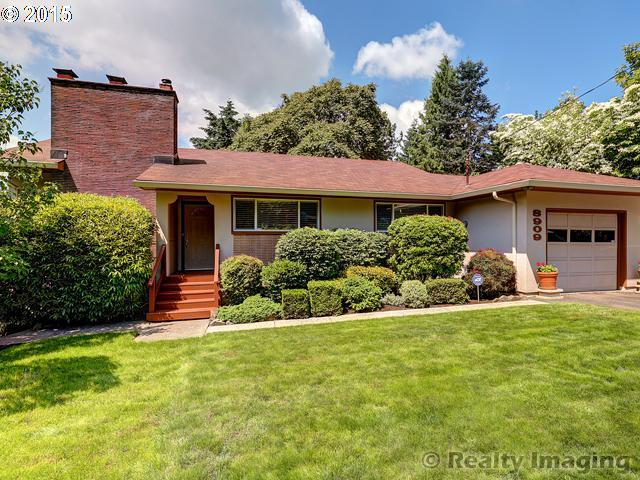 8909 SW 19TH AVE, Portland OR 97219