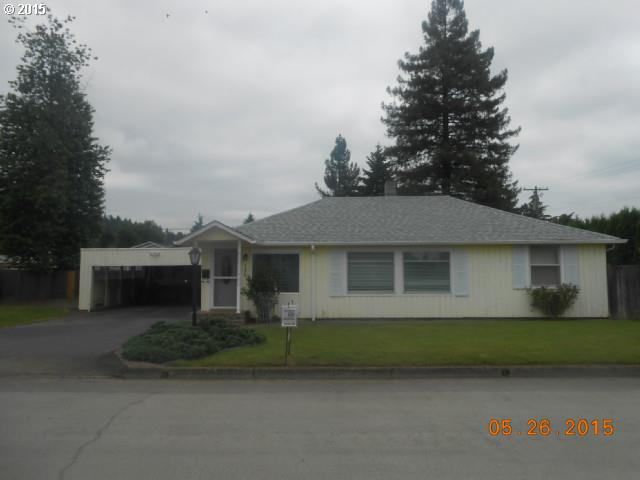 1170 LORD AVE, Cottage Grove OR 97424