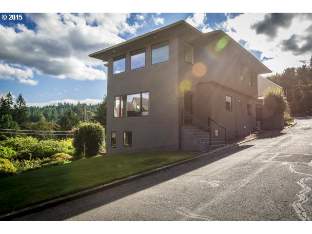 211 NW MAYWOOD DR, Portland, OR 97210