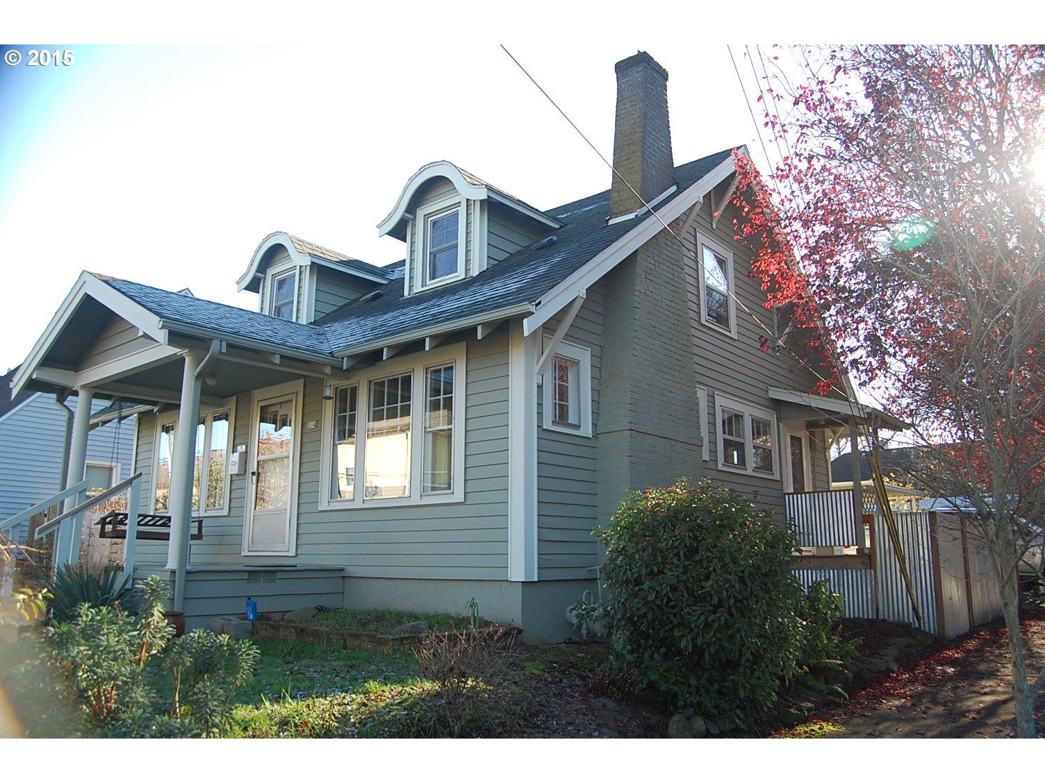 204 NE RUSSET ST, Portland OR 97211