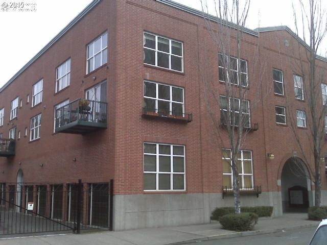 1009 NW HOYT ST 213, Portland OR 97209