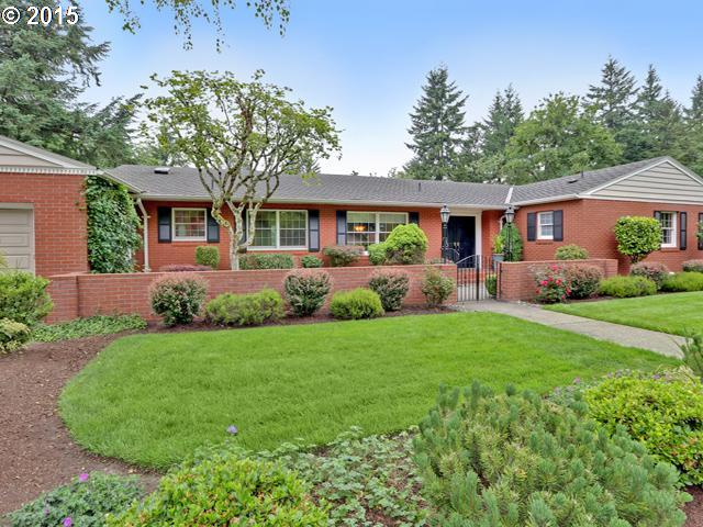 10515 SW TERWILLIGER PL, Portland OR 97219