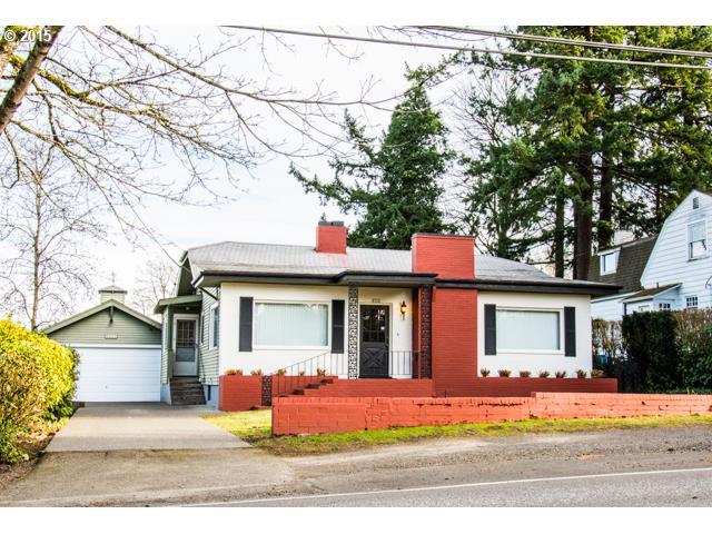 8322 SW CAPITOL HWY, Portland OR 97219