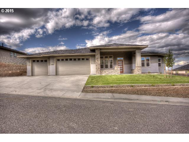 601 Mountaingate Dr, Springfield, OR 97478