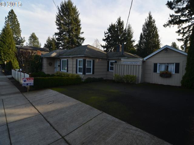 4626 SW LURADEL, Portland OR 97219