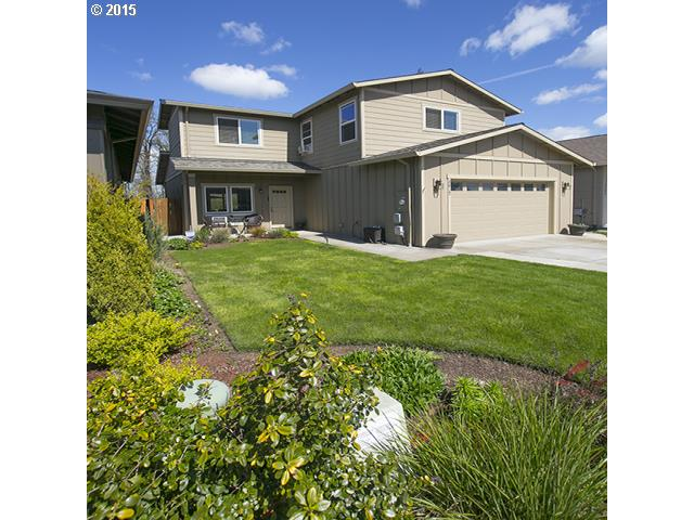 2817 29TH AVE, Forest Grove OR 97116