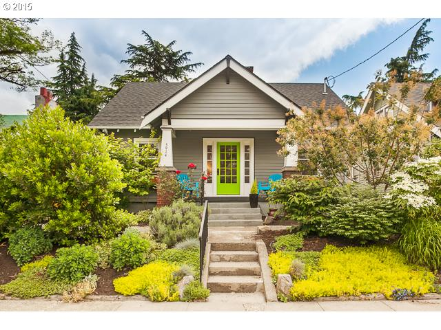 5914 SE 19TH AVE, Portland OR 97202