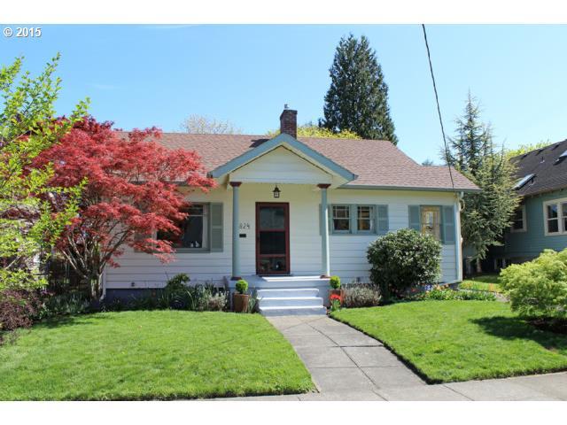 6824 SE 20TH AVE, Portland OR 97202