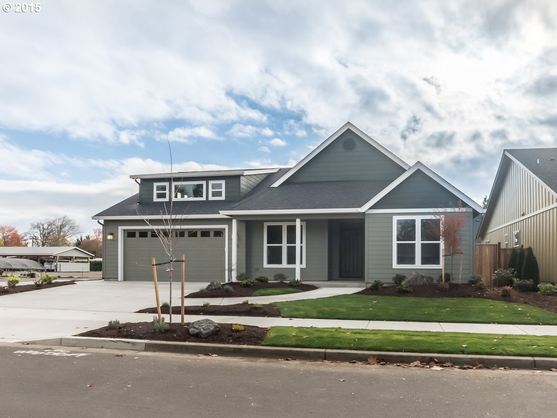 140 ROSETTA AVE, Eugene OR 97404