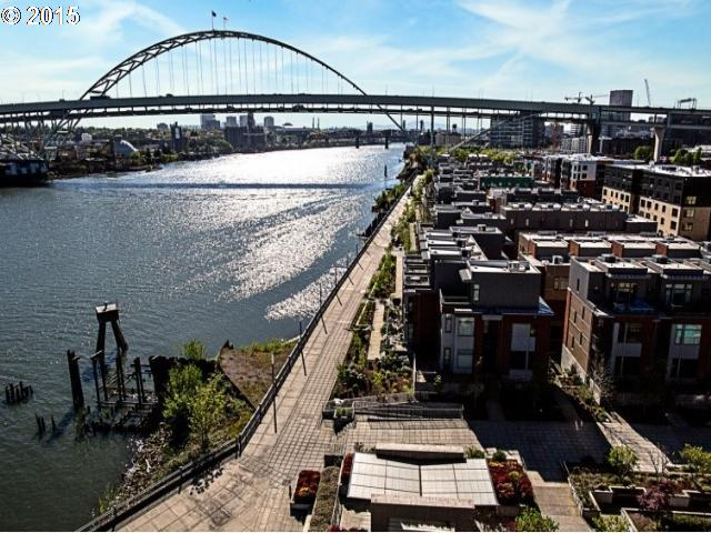 1666 NW RIVERSCAPE ST, Portland OR 97209