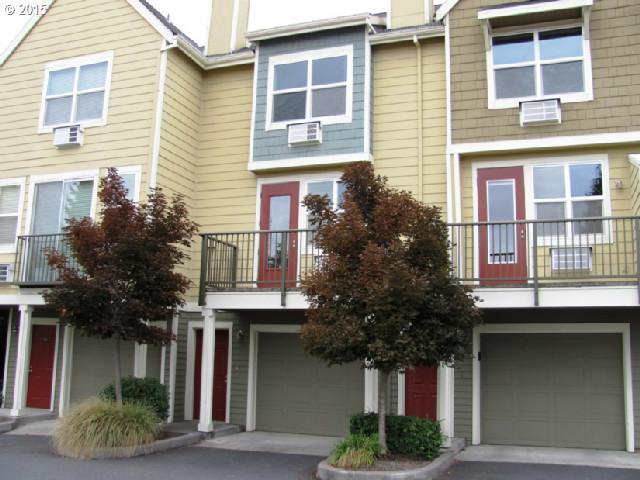 1604 SE HALYARD LN, Vancouver WA 98661