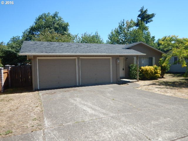 2175 LAURELHURST DR, Eugene OR 97402