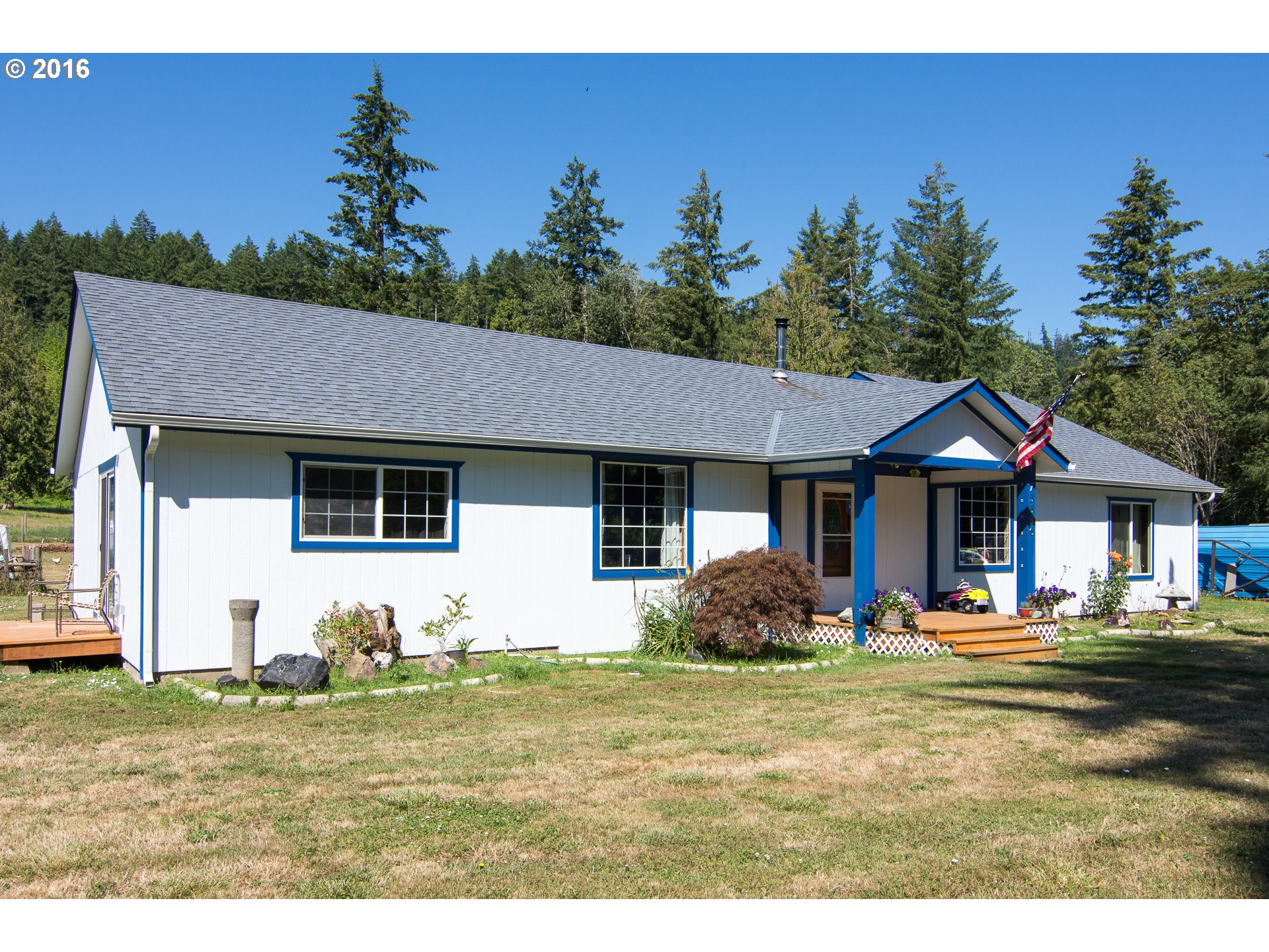 75586 WICKS RD, Dorena, OR 97434