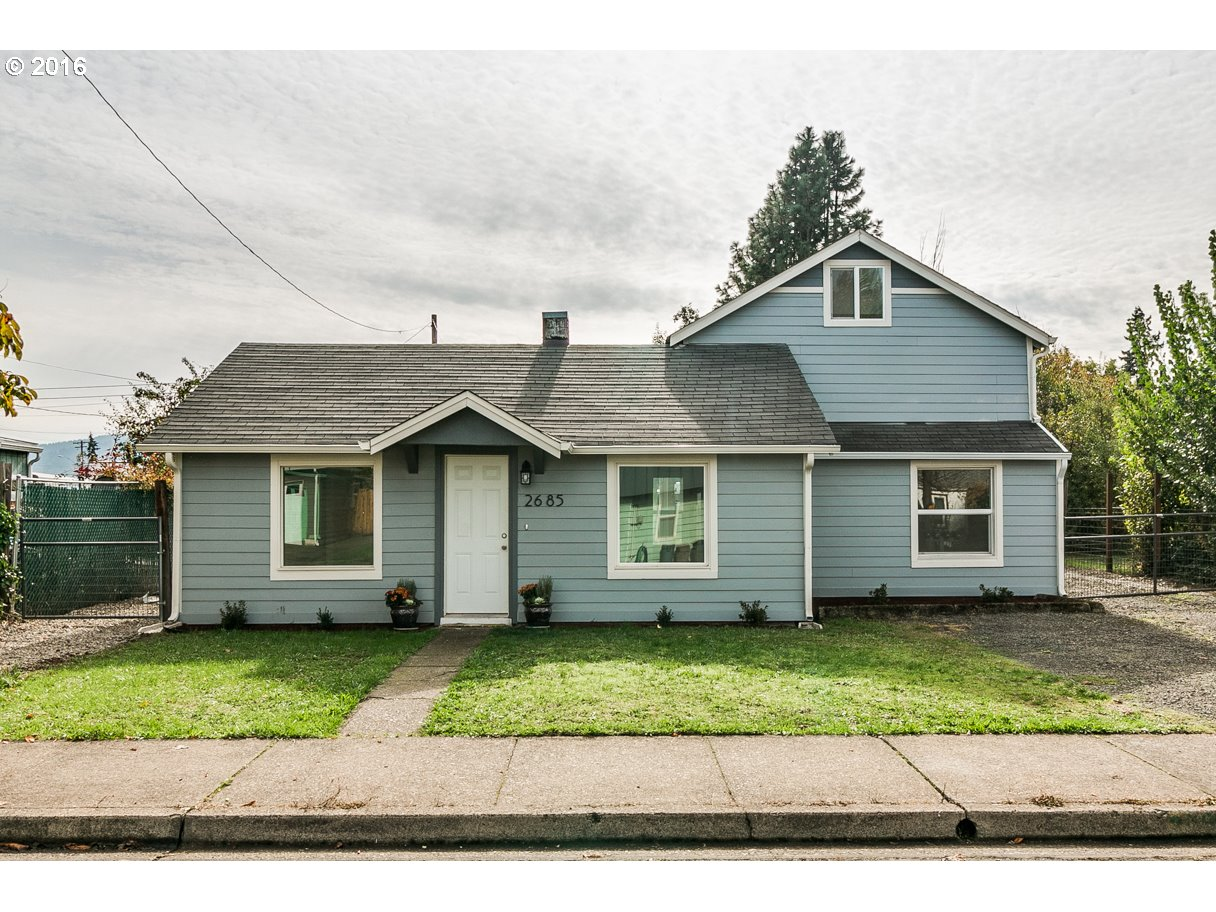 2685 C ST, Springfield OR 97477