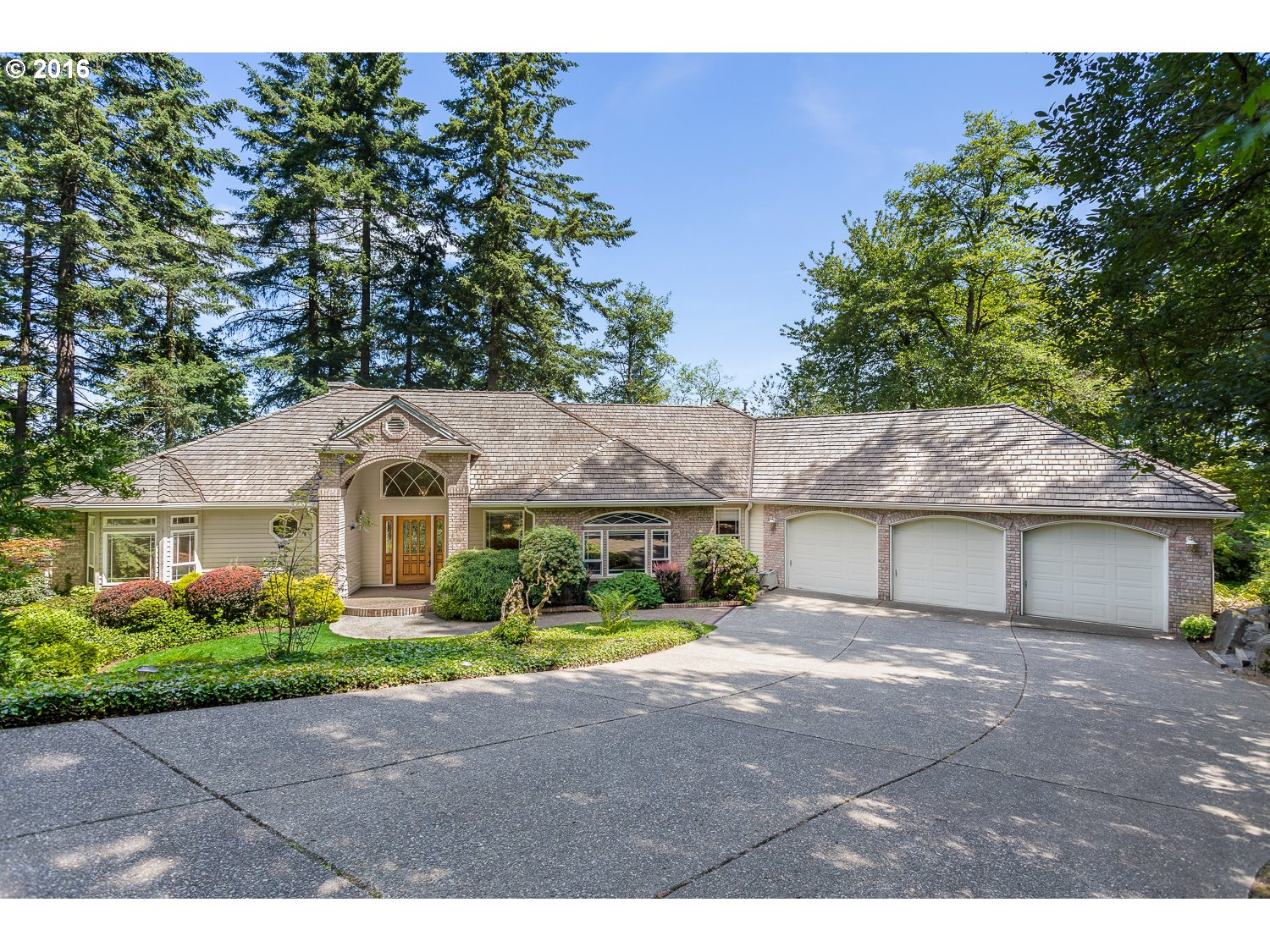 Property for sale at 57  EAGLE CREST DR, Lake Oswego,  OR 97035