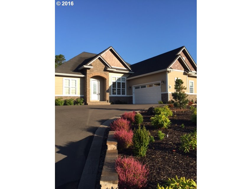 27 YEARLING CT, Florence, OR 97439