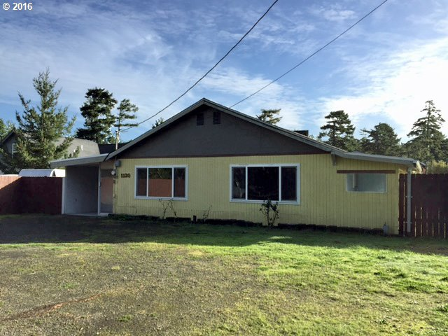 1130 RHODODENDRON DR, Florence, OR 97439
