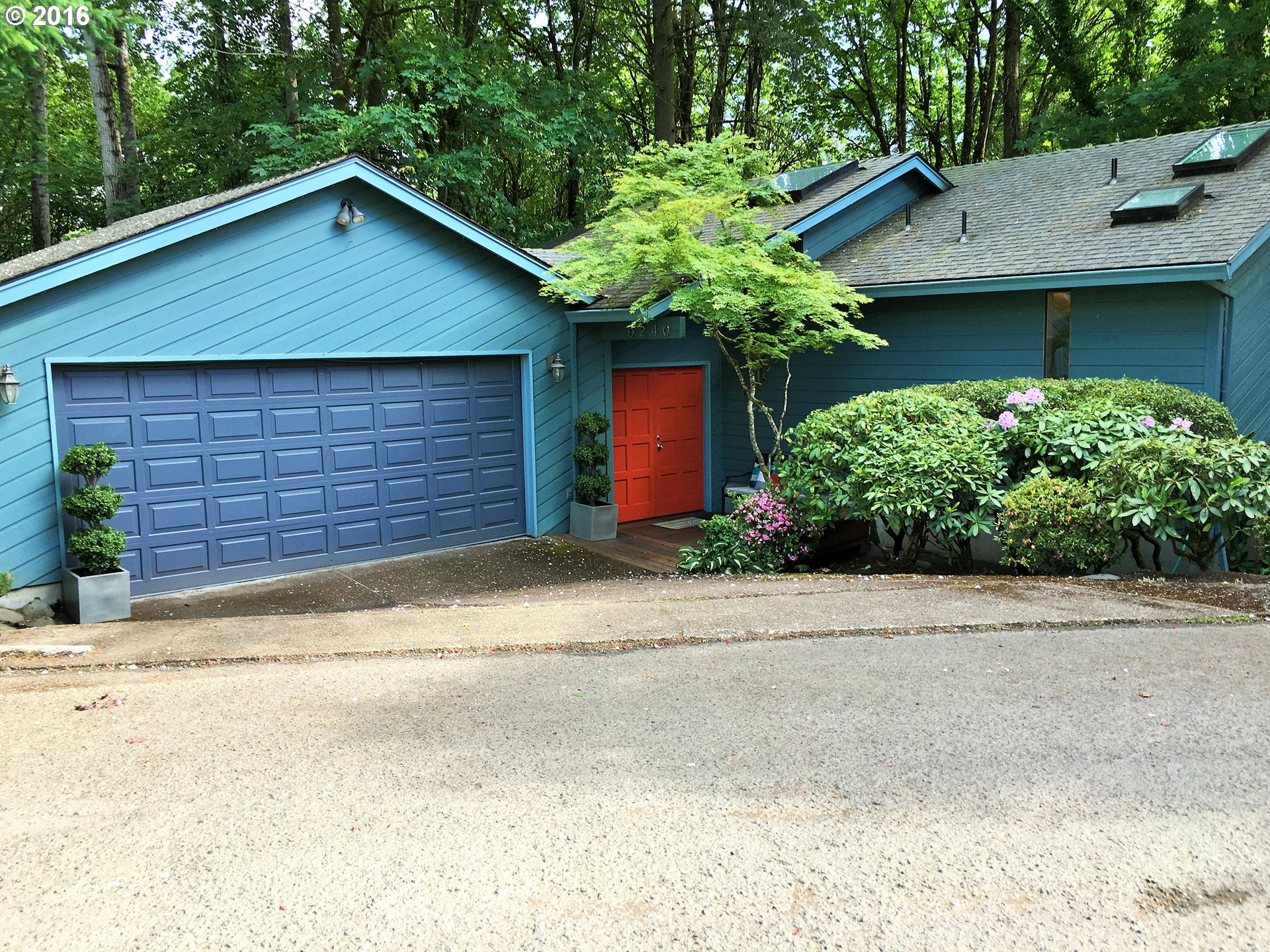 240 SW CANBY ST, Portland OR 97219