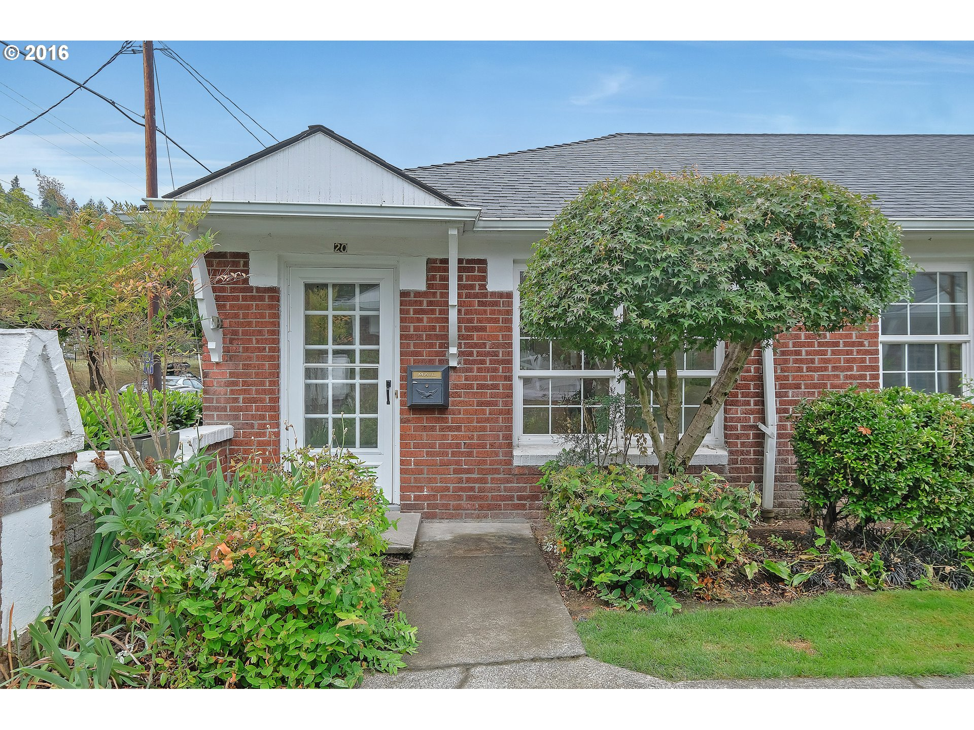 $350,000 - 2Br/1Ba -  for Sale in Raleigh Court Condos, Portland