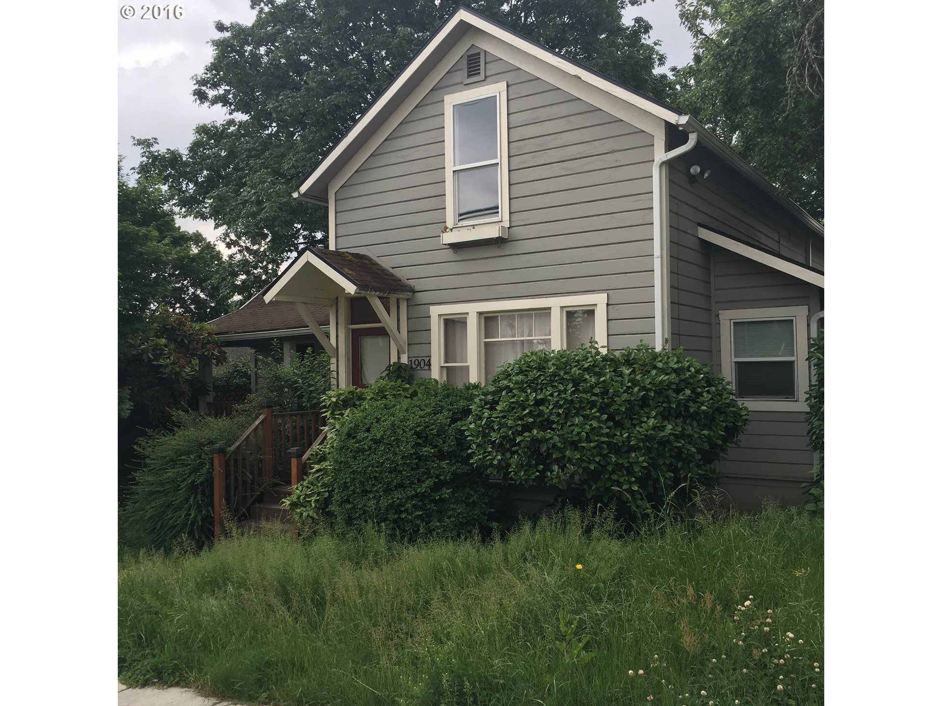 $550,000 - 4Br/1Ba -  for Sale in Portland