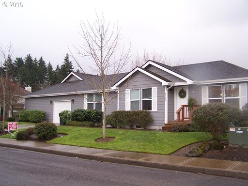 828 S 46TH ST, Springfield, OR 97477