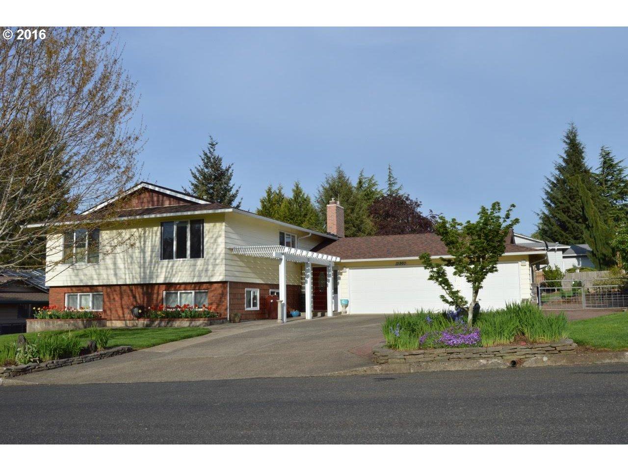 $549,900 - 4Br/3Ba -  for Sale in Wilshire Meadows, Oregon City