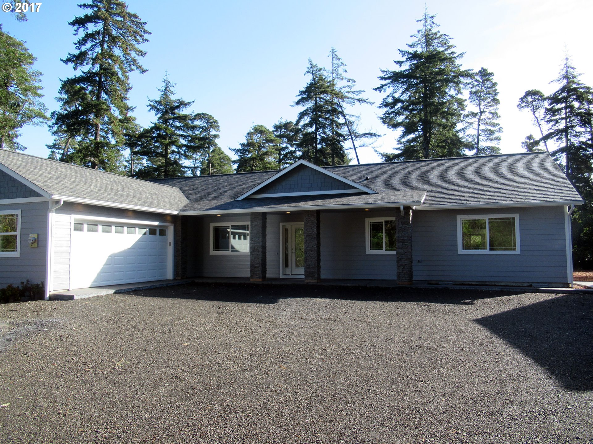 88871 HWY 101, Florence, OR 97439